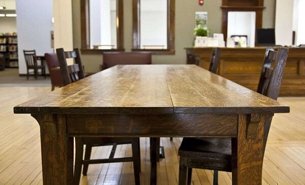Картинки по запросу Покупка мебели из дерева массива