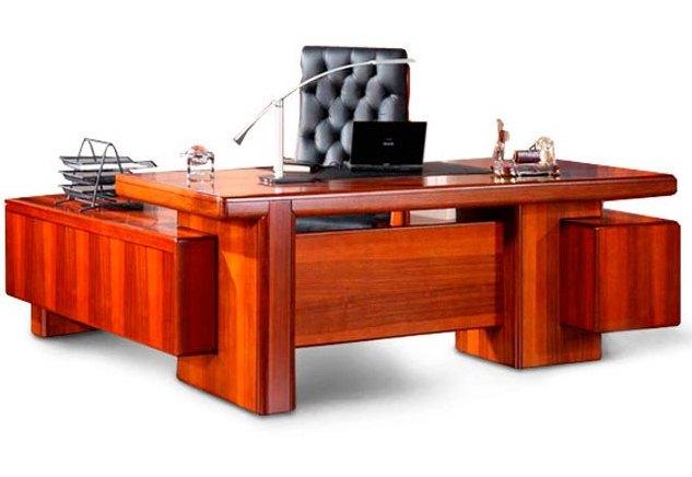 Стол руководителя YDK 306 с кожаной накладкой