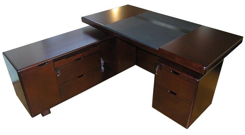 Стол руководителя YDK 606 с кожаной накладкой